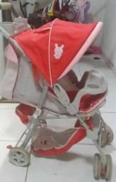 Carrinho de bebê em ótimo estado de conservação
