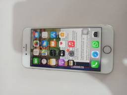 iPhone 8 64 GB Cinza