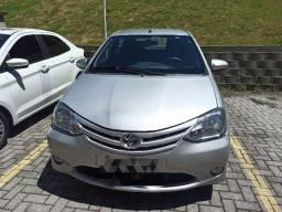 Toyota Etios 1.3 X única dona!