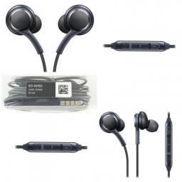 Fone de ouvido Samsung Tuned by AKG