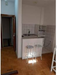 Alugo apartamento de 1 quarto semi mobiliado sem vaga Petrópolis