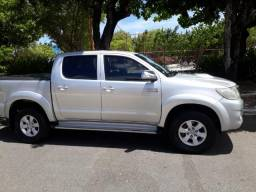 Toyota Hilux 2012 - SRV -Carro Conservadíssimo - 2012