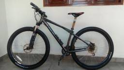 Bike elite 1.0 Karakoran, 27 v. Aro 29. Freio hidráulico.ZAP, 83996319877
