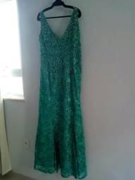 979eff79978 Vestido seda bordado com pérolas