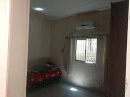 Aluga- se uma casa no Lima Verde próximo ao Pátio Norte shopping.