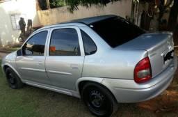 Corsa sedan 01 básico - 2001