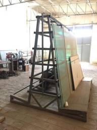 Cavaletes para armazenamento de vidros