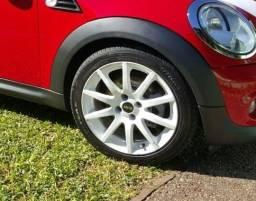 Jogo de rodas aro 17 binno pneus novos