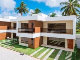 Casas novas em condomínio, próximo a praia.