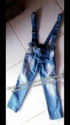 Calça infantil feminina com suspensorio semi nova