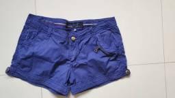 Shortes azul