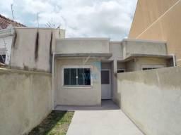 Linda casa no bairro Ganchinho, com dois quartos, sala, cozinha, edícula com churrasqueira