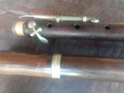 Flauta antiga, madeira ébano