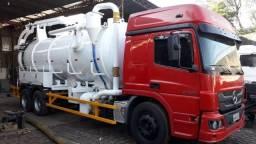 Caminhão limpa fossa hidrojateamento