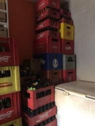 Vendo garrafas de cerveja de 600 ml e bujudinhas