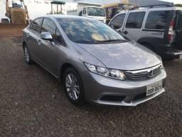 Honda Civic LXS barato financio com a melhor taxa do mercado estudo troca