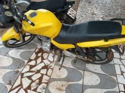 Vendo uma moto - 2008