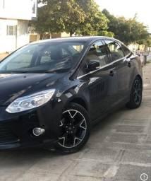 Ford focus 14/14 titanium - 2014