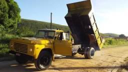 Vendo caminhão barato pra sair rápido ou troco por uma FIAT ESTRADA valor 18.000 mil