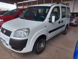 Fiat/Doblo attractive 1.4 07 lugares