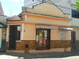 Casa ( Comercial e Resindencial) a venda no centro de São João Nepomuceno