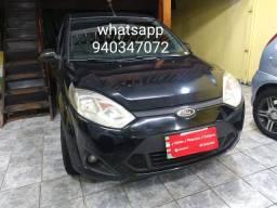 Fiesta class 1.6 completo ano 2012