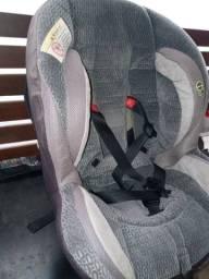 Cadeirinha infantil para carro, seminova