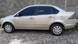 Fiesta sedan class 1.6 2013 quitado em dias