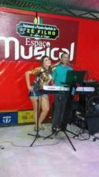 Música ao vivo Rayssa Lemos
