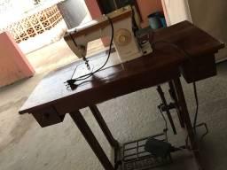 Vendo máquina de costura SINGER ZIG ZAG com mesa
