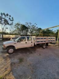 Caminhão F4000 G 2004 diesel cabine dupla. Raríssimo por ser cabine dupla