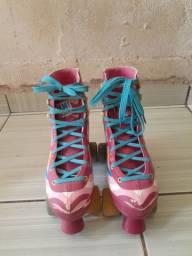 Vendo esse patins $180
