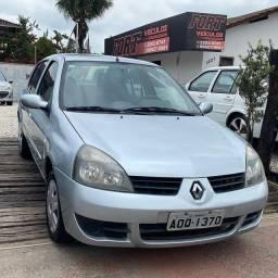 Renault Clio Sedan Authentic Completo