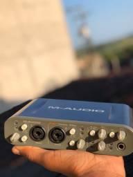 Placa de áudio M áudio