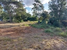Velleda oferece lindo terreno de 450 m², local de moradores, ac entrada
