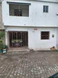 Vendo Casa no Centro (Rua da Madeira)