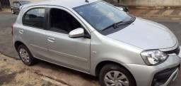 Toyota Etios Hatch XS 1.5 Automático