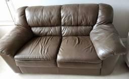 Conjunto de sofás em couro legítimo