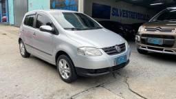 Volkswagen Fox 1.0 Total Flex 5p - 2008-2009