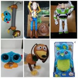 Woody, Buzz, coelho, cão e robô toy story mattel novos