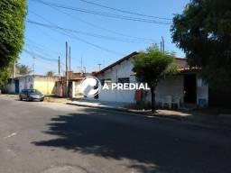 Terreno com 22x33=726m² de área no bairro Vila União