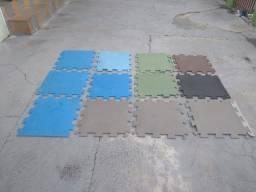 Tapetes/Tatames de E.V.A - 12 unidades coloridos