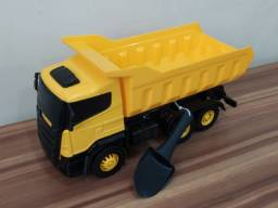 Caminhão Grande Brinquedo Novo