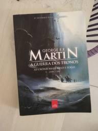 Livros a crônicas de gelo e fogo (game o thrones)