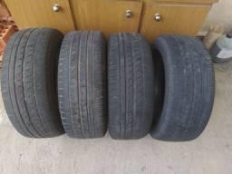 Vendo 4 pneus 195/55/15 usados Pirelli p 7