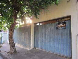 Preço de Ocasião!!!! Casa em Bilac (Região Central) 3 dormitórios