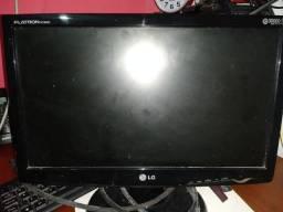 Vendo um monitor r$ 100 chama no Zap *