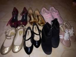 Sapatos menina diversos tam 25 a 28