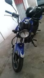 Título do anúncio: Alugo moto