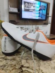 Chuteira Society Nike mercurial X